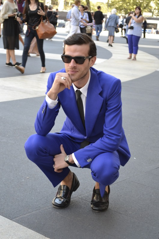 now-thats-a-blue-suit-men-streetstyle-blog