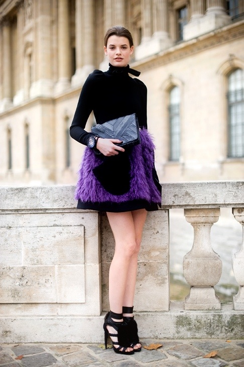 feathers, purple, skirt, street style, trend