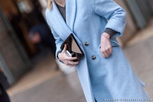 3192-Athens-Streetstyle-Woman-Blue-Coat-Celine-Clutch-Paris-Fashion-Week-Fall-Winter-2014-2015-Street-Style