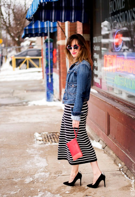 Toronto-Street-Style-Fashion-Gap-Denim-Jacket-Zara-stripe-sweater-dress-Shoelery-skull-clips-Nine-West-black-suede-pumps