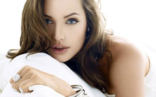 Angelina-Jolie-Hd-Photo
