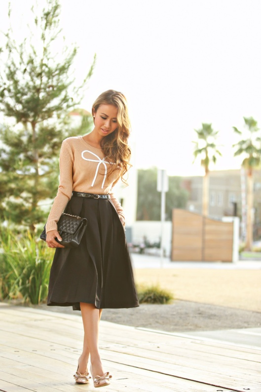 lace-and-locks-modcloth-midi-skirt-bow-sweater-01